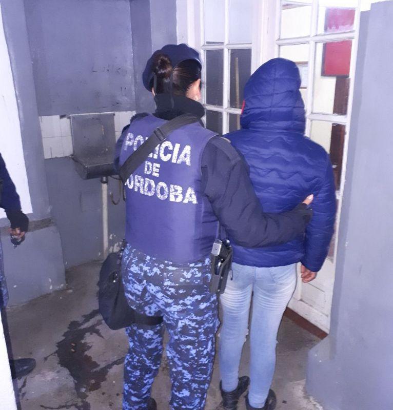 Allanamiento y detención en barrio General Bustos.