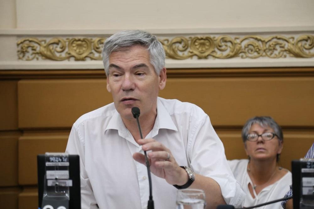 El representante del FIT pide la exención de impuestos para las entidades religiosas de Córdoba