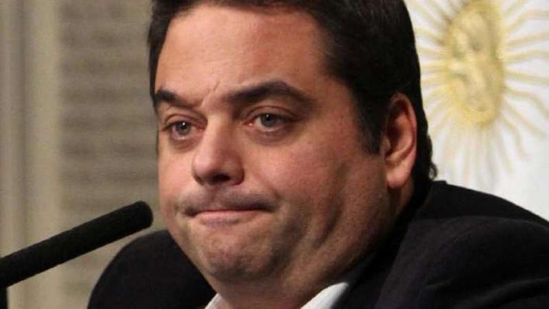 Envuelto en polémicas, Jorge Triaca renunció al gabinete de Macri