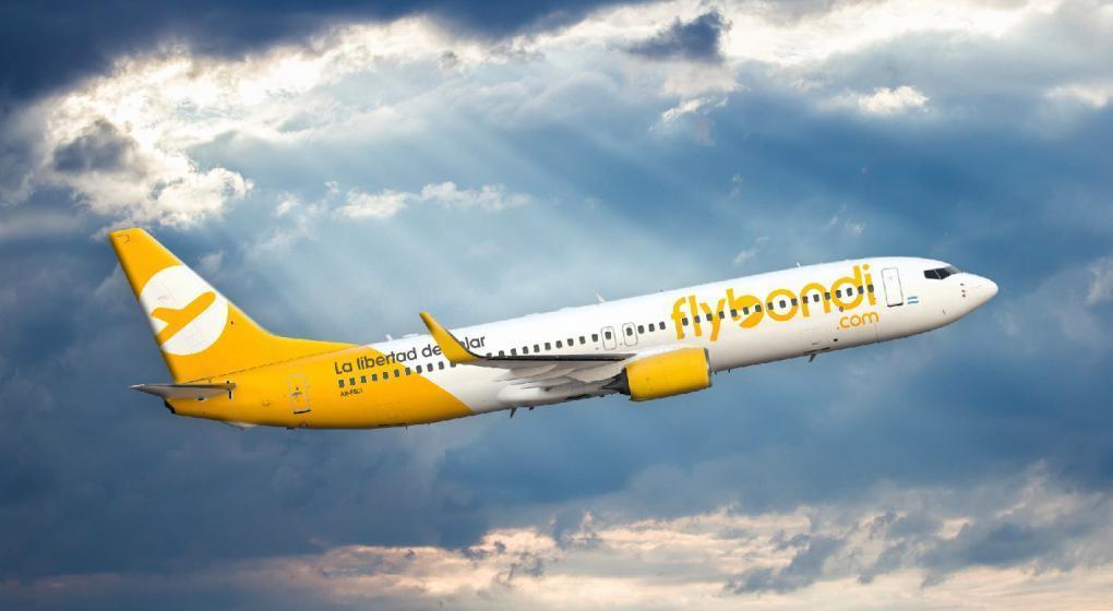 Flybondi lanzó una agresiva promoción de pasajes
