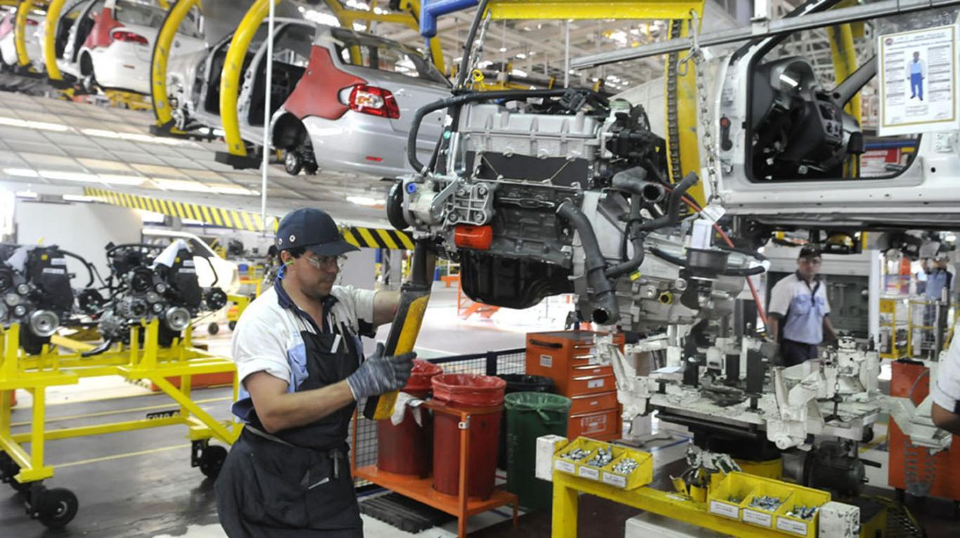 Fiat cerrará su planta de cajas de cambio y suspendió a 200 trabajadores
