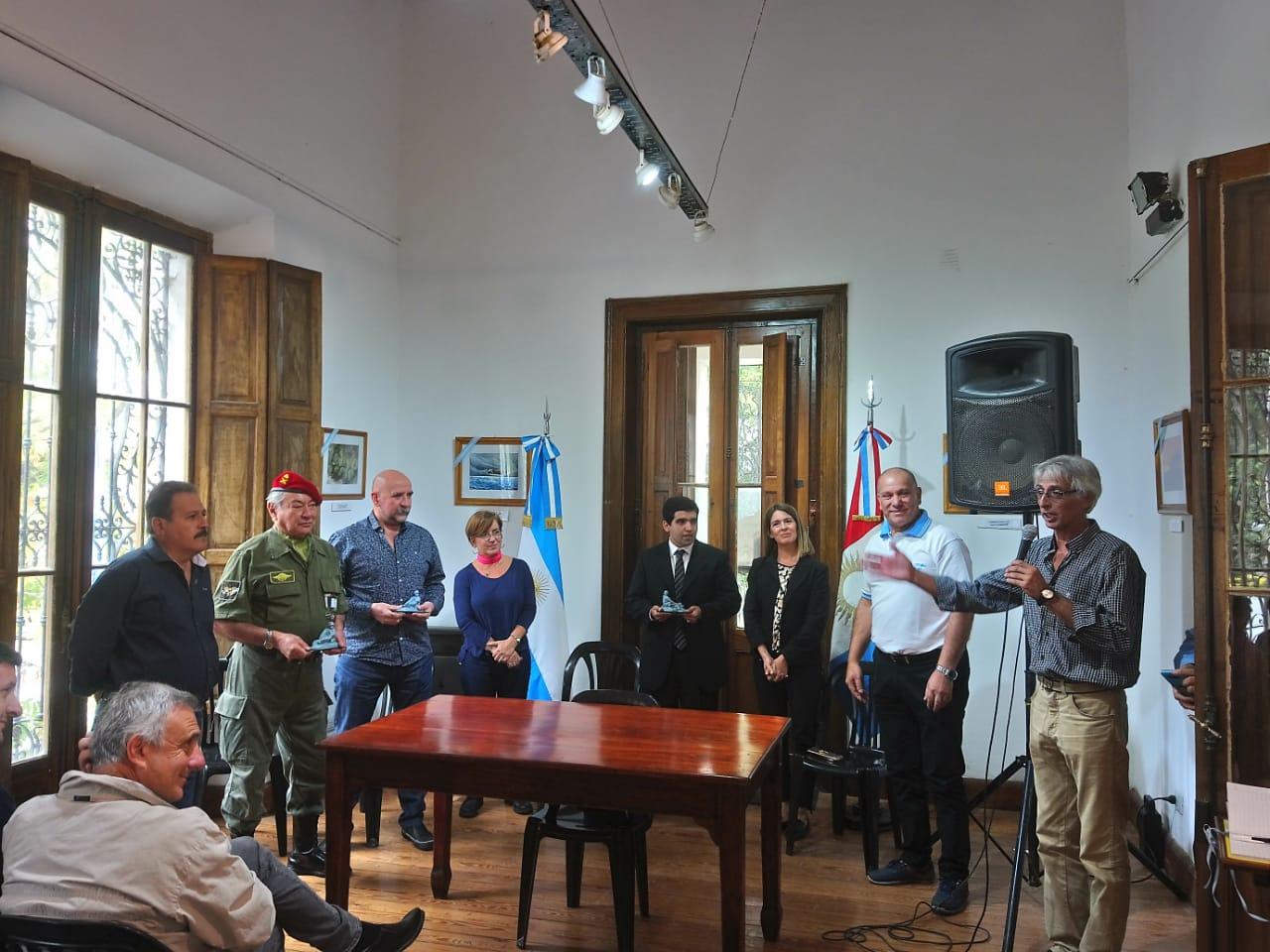 Muestra plástica por los 37 años de Malvinas en Alta Gracia