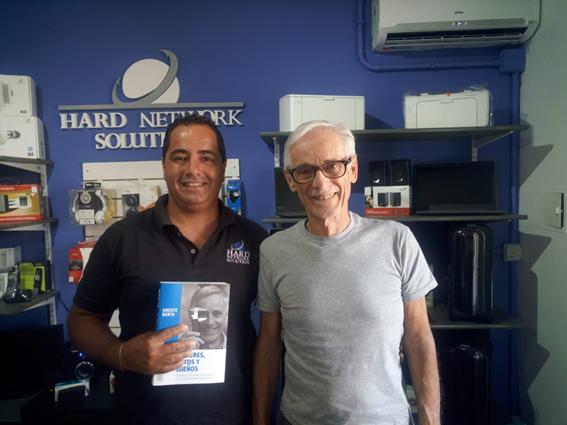 Gabriel junto con Oreste Berta, uno de sus mentores