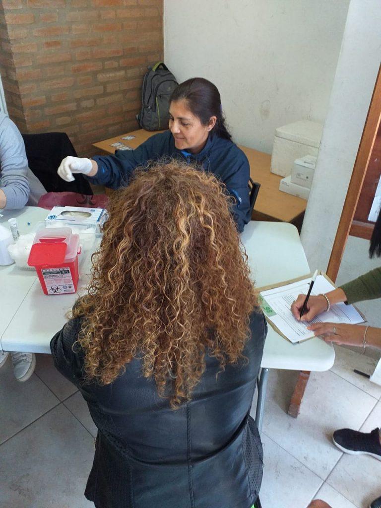 Jornada de testeos y concientización en Villa La Bolsa
