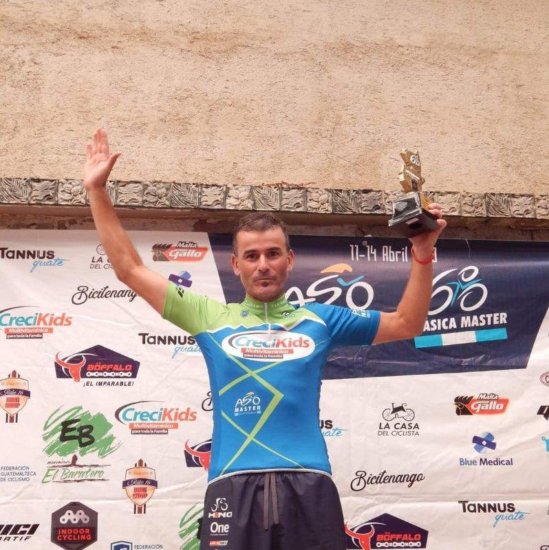 Gustavo Gómez correrá la Copa del Mundo de ciclismo en pista