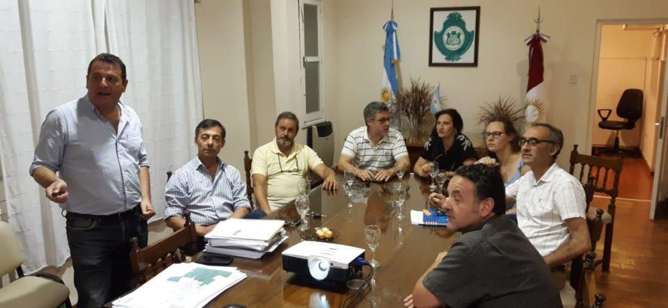 La reunión la presidió el Vice Intendente Juan Manuel Saieg.
