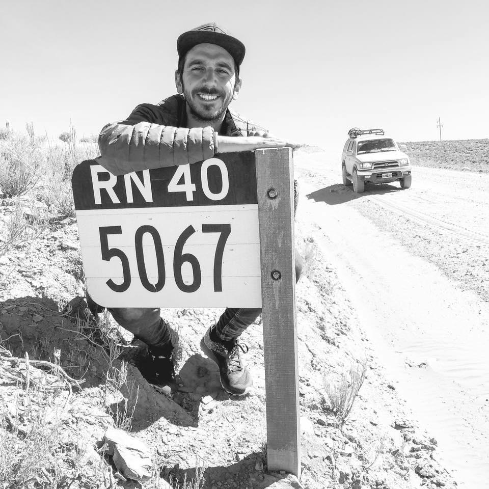 Rincones de la ruta 40: Gon Granja pide ayuda para el traslado de su camioneta