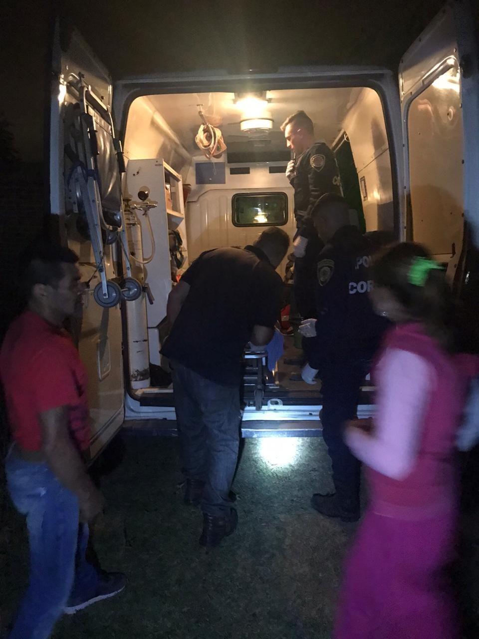 Efectivos de la policía asistieron a una parturienta y a su hija recién nacida