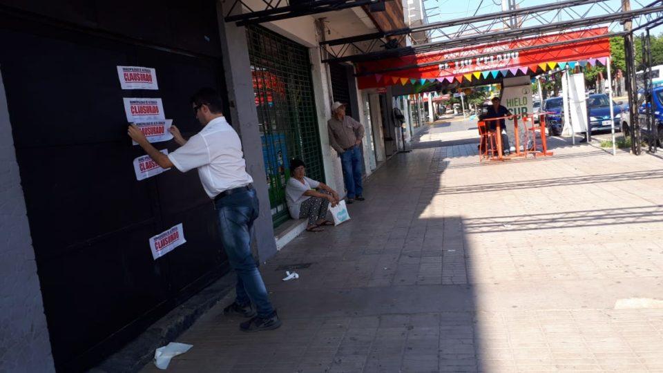 Apenas si tuvo una noche sin funcionar el problemático boliche que autorizaron a funcionar en plena Avenida del Libertador.