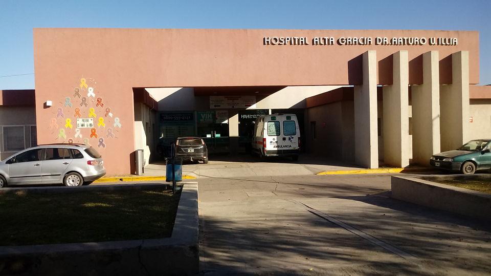 """Sub Comisario Navarro: """"no hay ningún detenido internado por herida de bala"""""""
