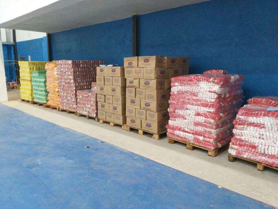 Los alimentos fueron entregados al Municipio. Fue una de las donaciones más importantes recibidas por este organismo.