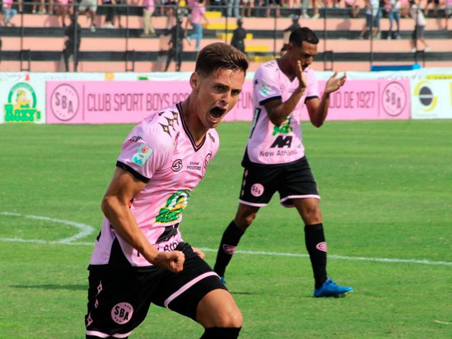 El natural de Despeñaderos, Claudio Villagra nos relata en primera personal cómo espera la vuelta oficial del fútbol en el país incaico.
