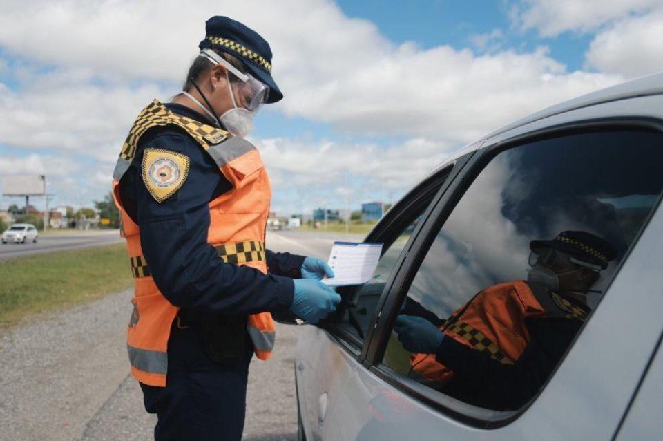 Los controles en las rutas y dentro de la ciudad se hacen necesarios como medidas preventivas en un fin de semana largo y con frío.