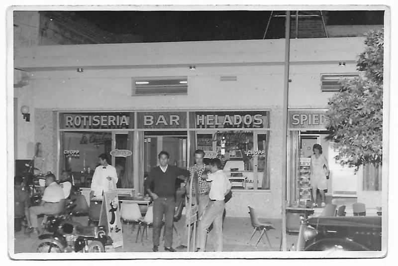 Bar y rotisería La Cholita, una tradición del buen comer y una sitio de reunión de amigos como pocos en la ciudad.
