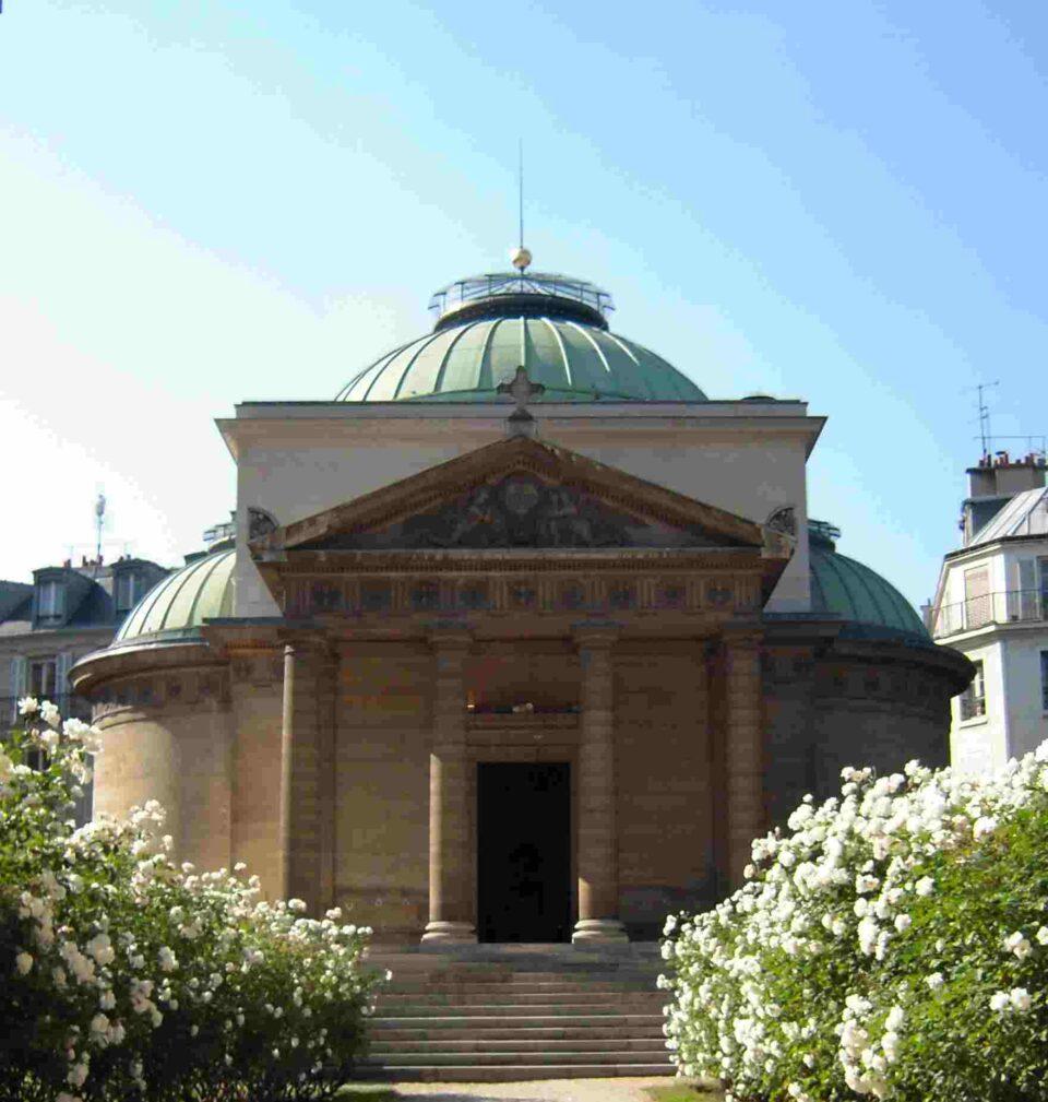 Los restos de 500 guillotinados fueron hallados en los muros de la Capilla Expiatoria de París.
