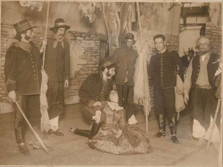 Crónicas al Voleo y una recorrida por los inicios históricos del teatro argentino. a través del llamado circo criollo.
