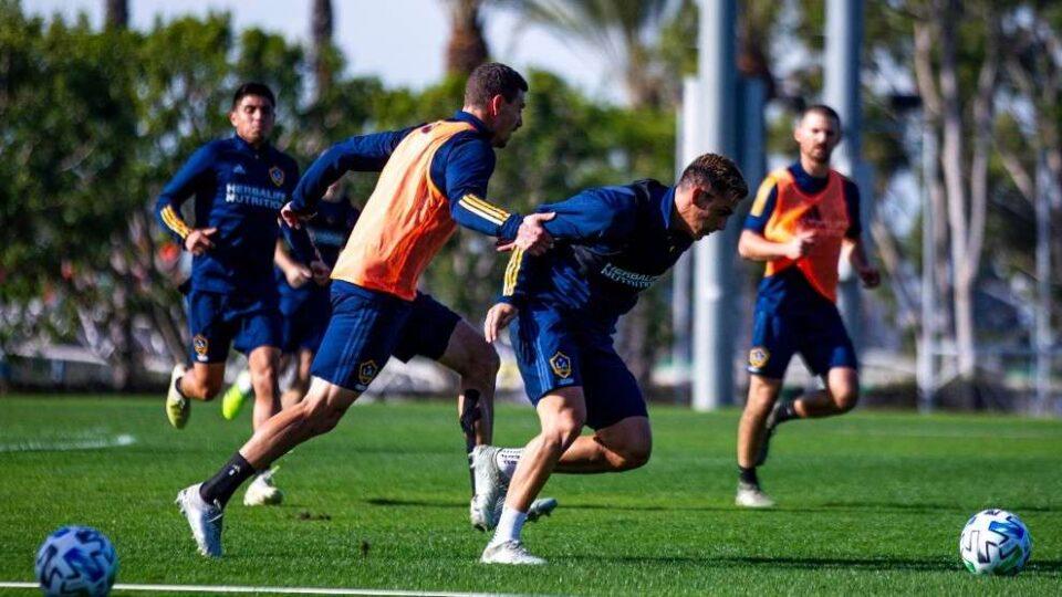 El regreso a los entrenamientos sería anunciado esta semana. Incluirá primero a los planteles que deban jugar copas internacionales.