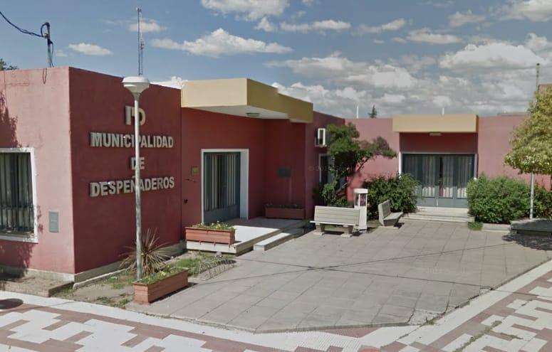 Un nuevo caso y un fallecimiento a última hora del domingo en Despeñaderos