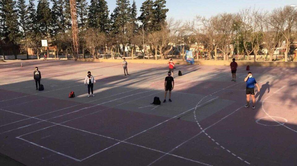 Claudio Sánchez, histórico encargado de las escuadras municipales de handball, habla sobre cómo es el regreso a los entrenamientos.