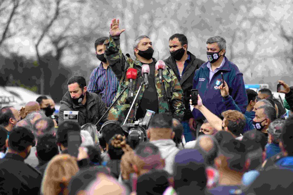 La protesta policial de parte de efectivos de la bonaerense despertaron el rechazo de distintos sectores políticos y sociales.