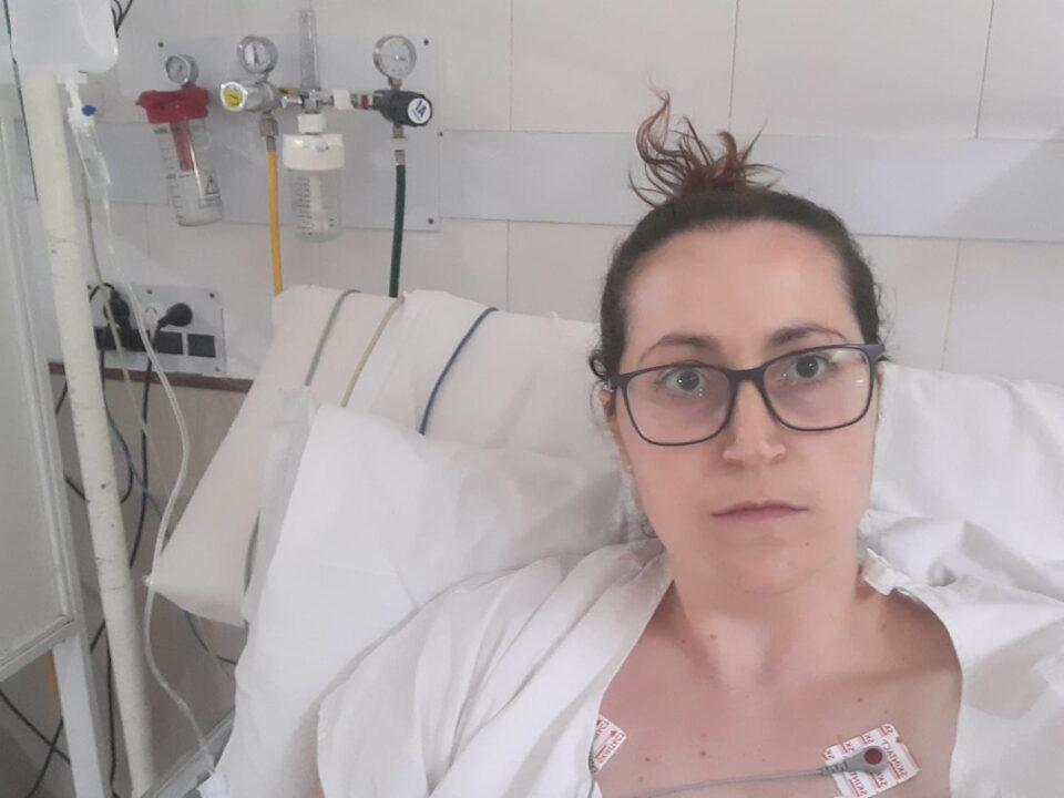 Médica cordobesa internada por reinfección de Covid-19