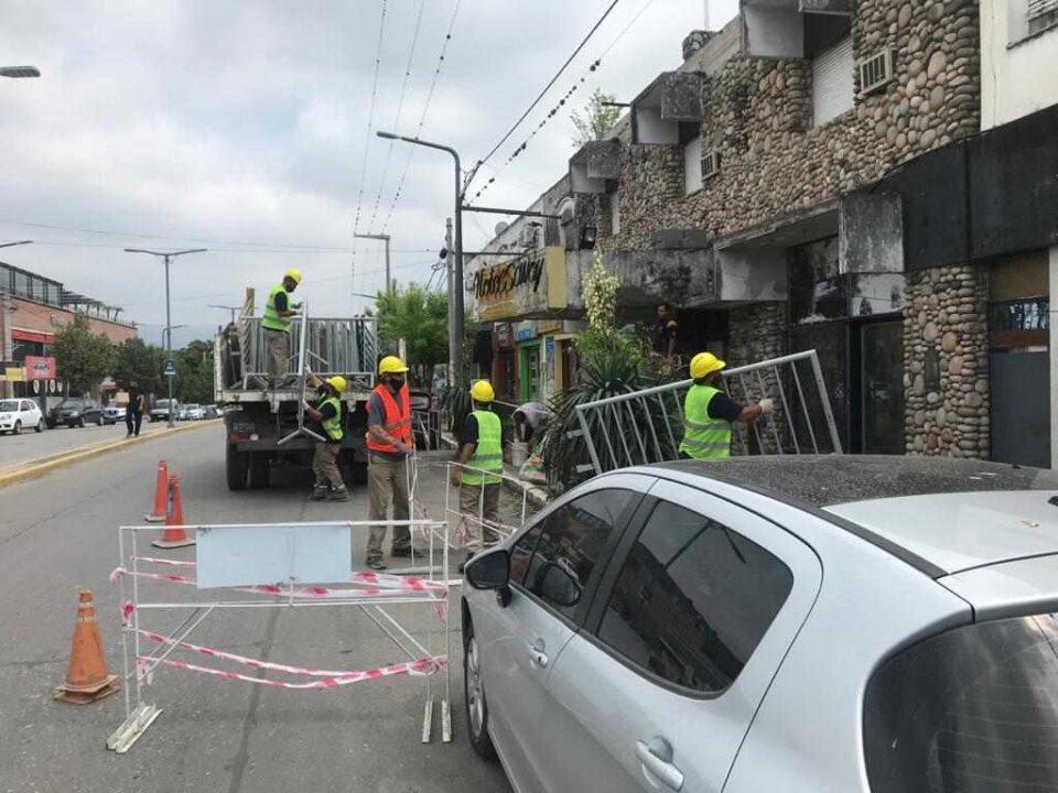 Por seguridad, la Municipalidad demolió el frente del Hotel Savoy
