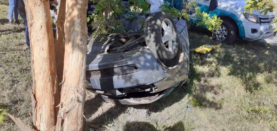 Cuatro jóvenes heridos en tremendo accidente junto a la Autovía