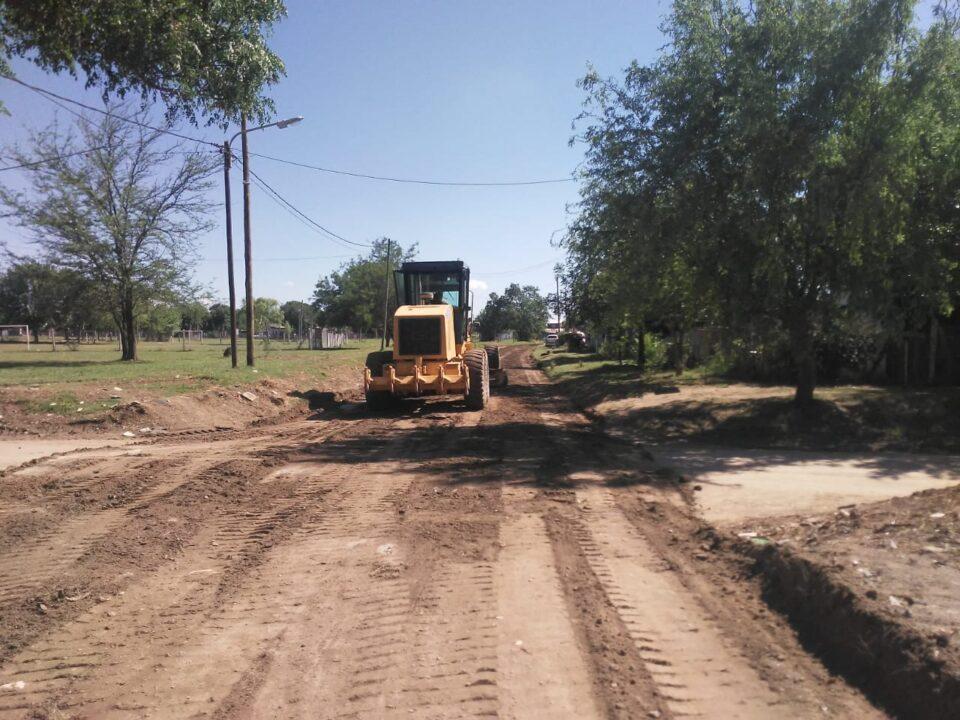 Continúa el plan de mantenimiento de calles de tierra