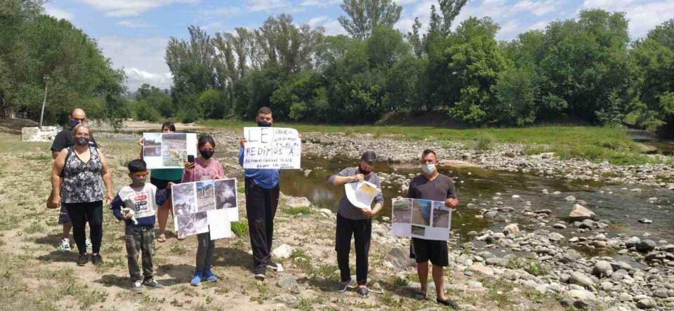 En Anisacate reclaman obras urgentes sobre el río