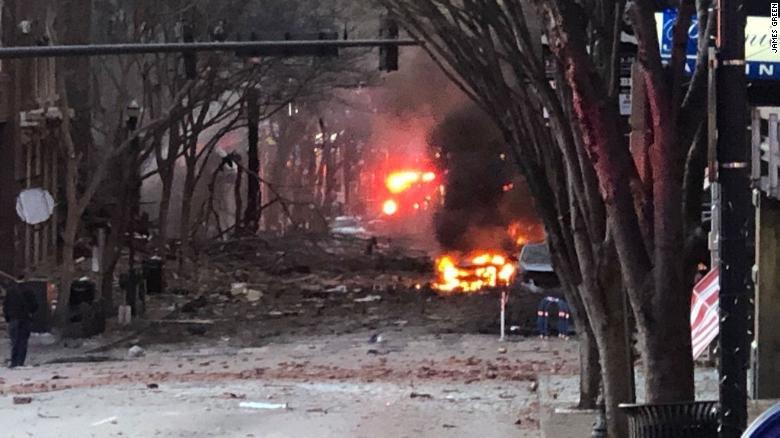 Estados Unidos: una explosión sacudió Nashville