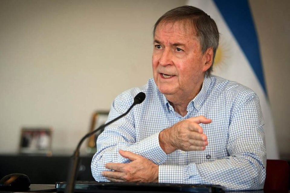 El gobernador Schiaretti no se aplicará la Sputnik V por el momento