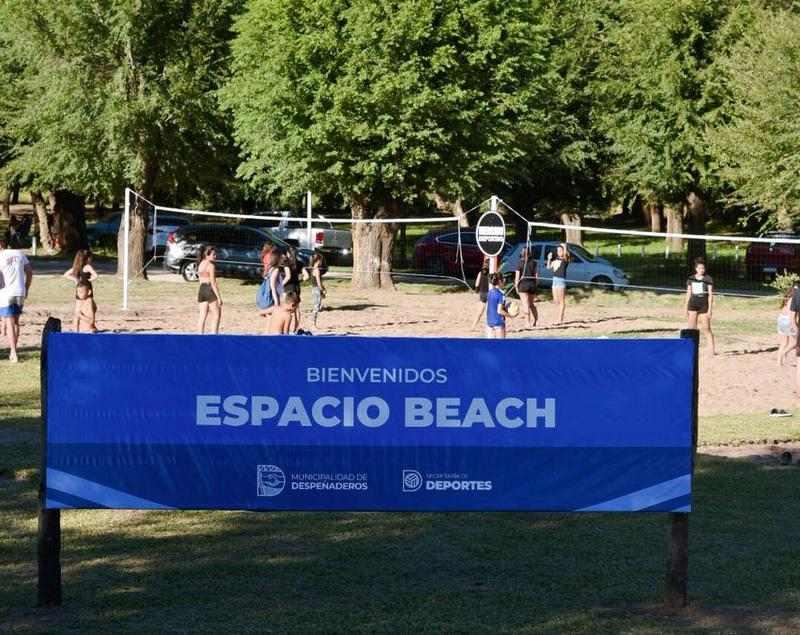 """Despeñaderos inauguró su nuevo """"Espacio Beach"""""""