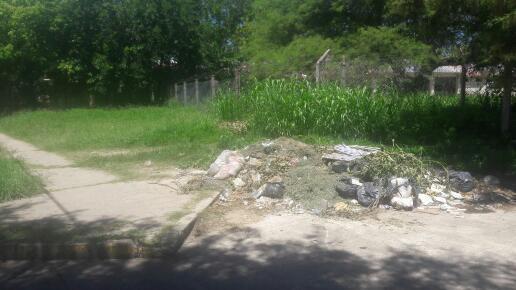 Vecinos preocupados por el estado de un parque de Barrio Sabatini