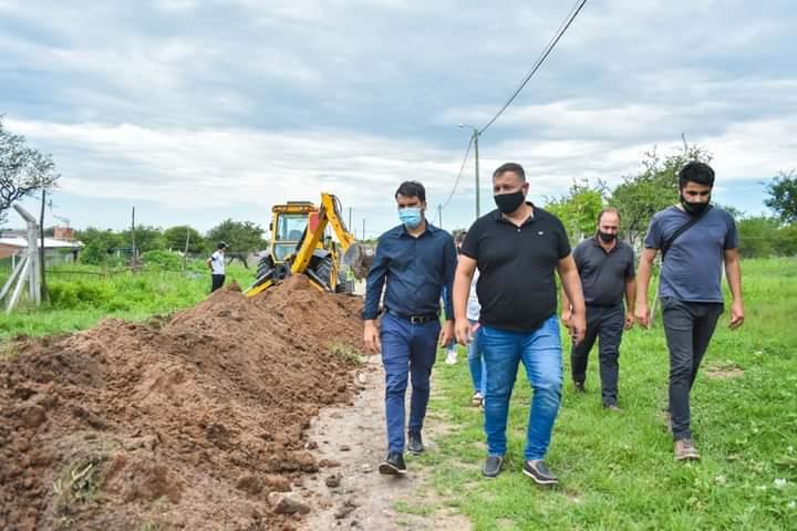 Se llevó a cabo la extensión de la red de agua potable en Villa Camiares