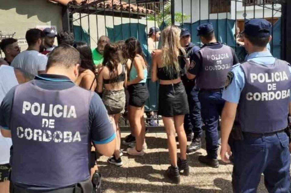 Desbaratan fiestas clandestinas en San Nicolás y en Los Cedros