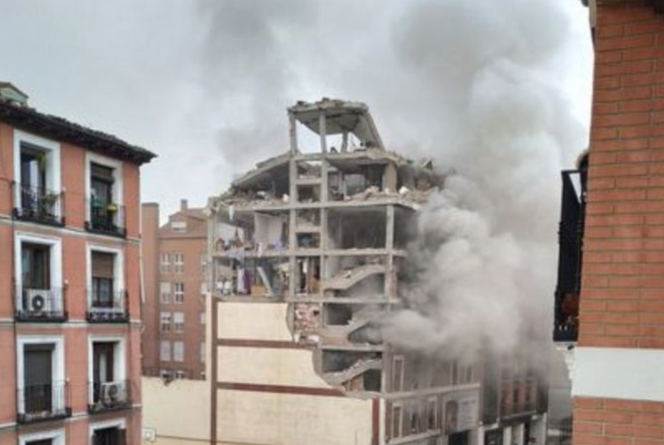 Explotó un edificio en el centro de Madrid