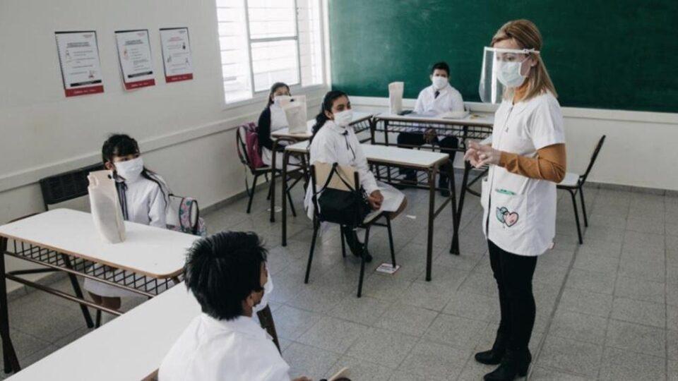 La UEPC exige elementos anti Covid para docentes presenciales