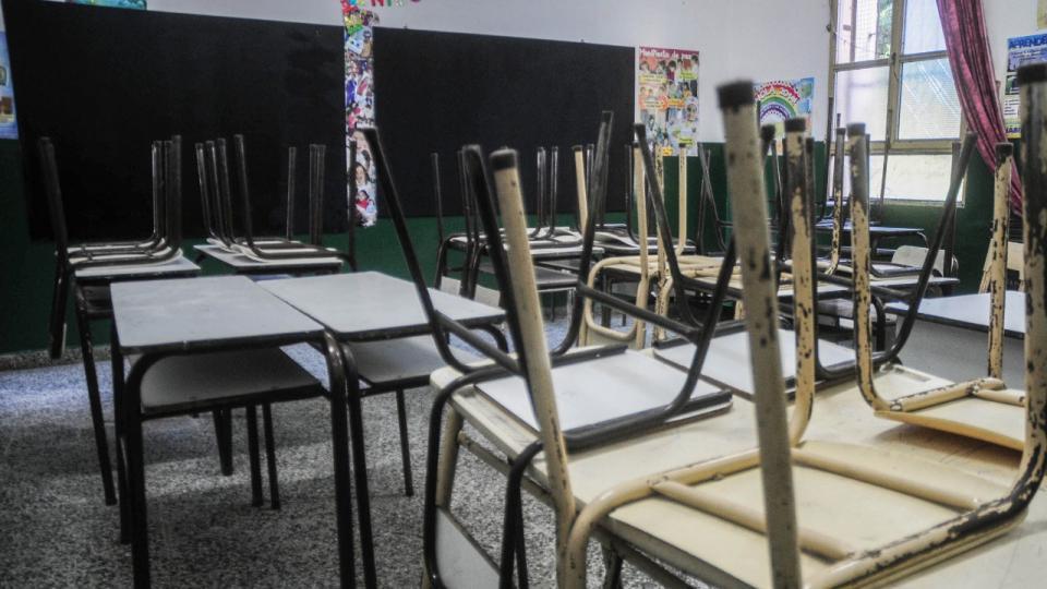 Escuelas que no estén en condiciones seguirán virtualmente
