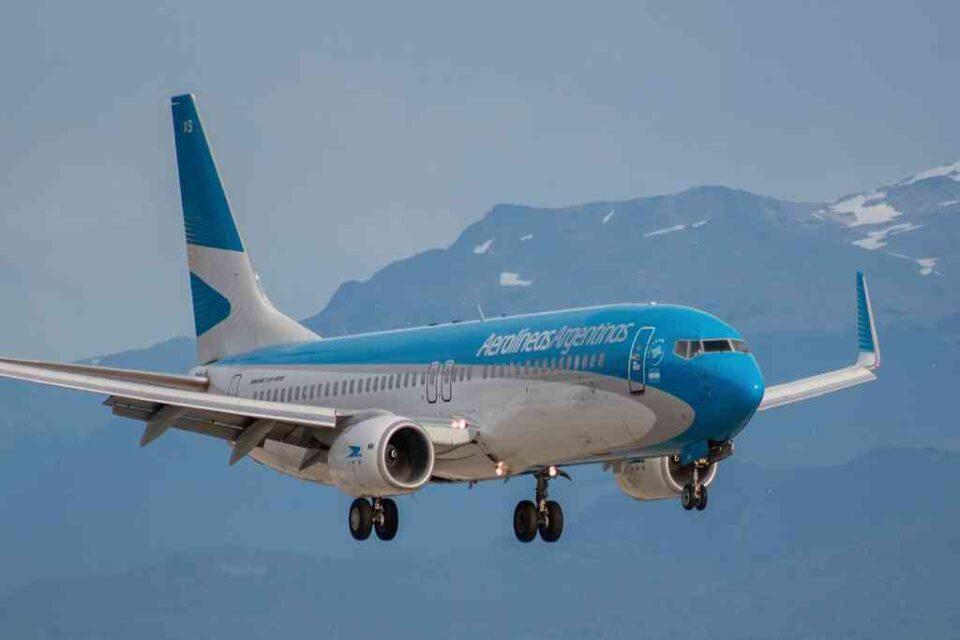 Suspenden los vuelos provenientes de Brasil, México y Chile