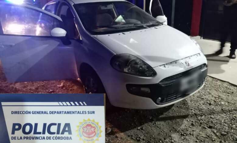 Un hombre detenido tras constatarse que su auto tenia pedido de secuestro