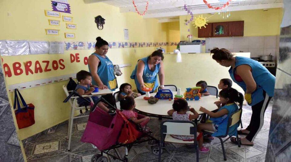 Buscan docente para Sala Cuna en Anisacate