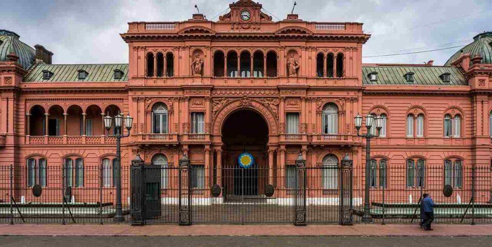 Alerta Covid: desde la Rosada habrá un zoom con gobernadores para analizar restricciones