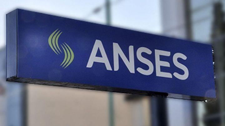 Calendario de pago Anses mayo 2021: AUH, AUE, jubilados y pensionados