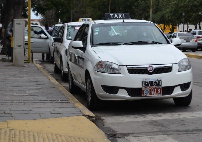El Concejo Deliberante aprobó un aumento para taxis y remises