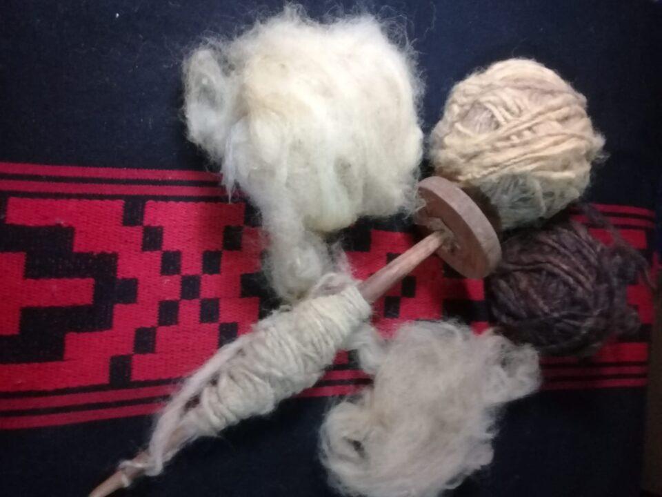 El arte de ser tejedora y artesana