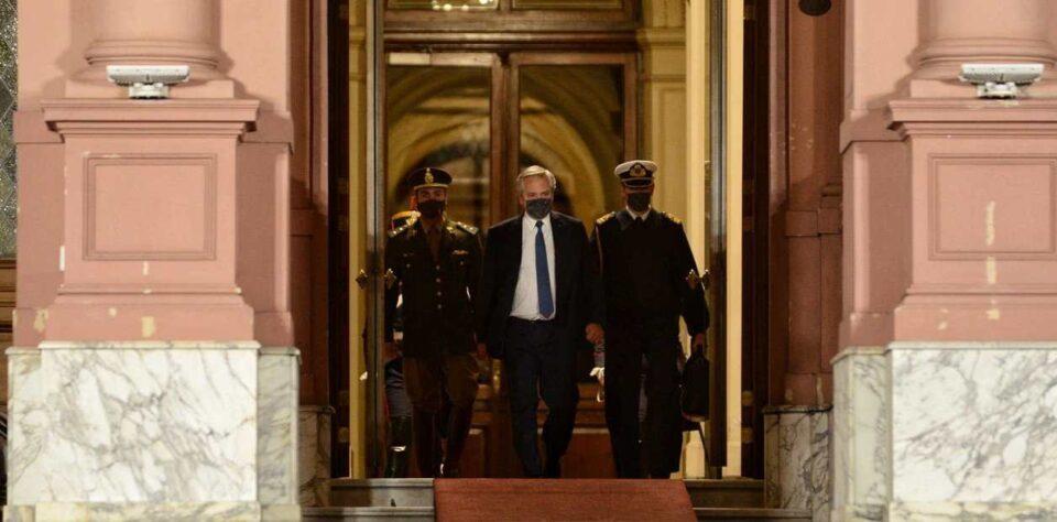 Tensión en Casa Rosada: varias renuncias, pero... ¿habrá cambios?