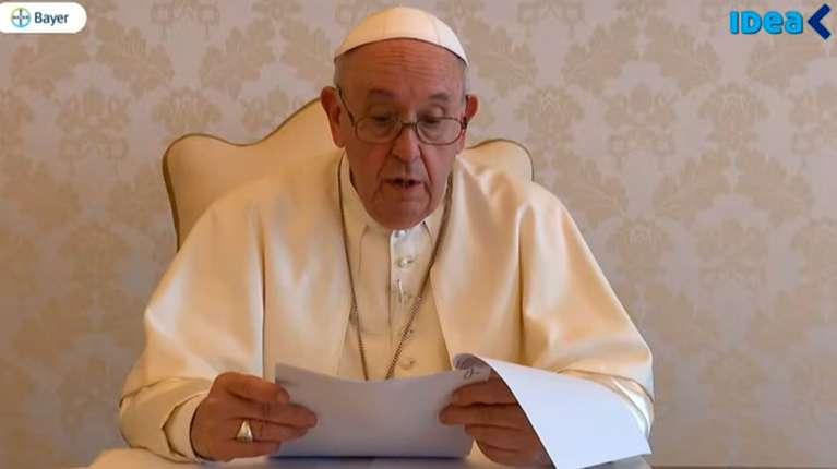 """Mensaje del Papa Francisco para Argentina: """"No se puede vivir de los subsidios. El trabajo alimenta la dignidad"""""""