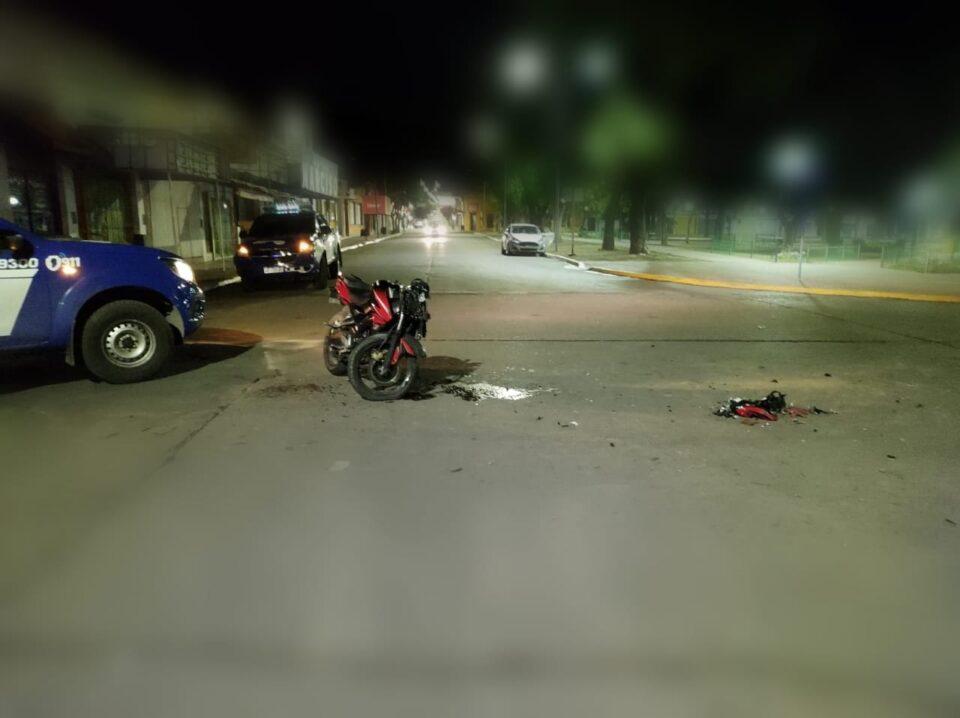 Un fuerte accidente terminó con un motociclista en el hospital